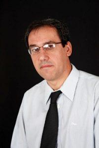 Crédito: Geração Editorial/Divulgação. Escritor Afonso Oliveira de Almeida, autor do livro O Burocrata e o Presidente: Crônicas do Governo Lula.